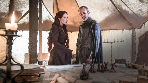 melisandre-suggests-that-stannis-should-sacrifice